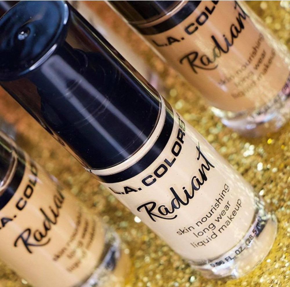 producto: RADIANT LIQUID MAKE UP